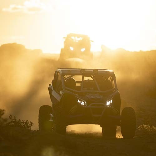 Maverick-X-rs-Turbo-RR-Side-View-Dune-Sunset-2-min-f15.jpg